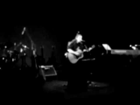 music Αλκίνοος Ιωαννίδης - Δεν Μπορώ (Live Θέατρον)