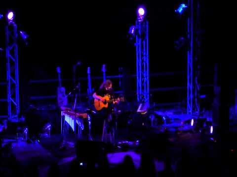 music Αύγουστος - Alkinoos Ioannidis - Avgoustos (HD/live 11/6/2011)