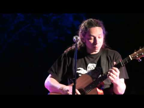 music Αλκίνοος Ιωαννίδης - Κεμάλ - Καπέσοβο 22/8/2011