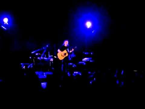 music Oneiro Itane - Alkinoos Ioannidis live (10/6/11 Cyprus)