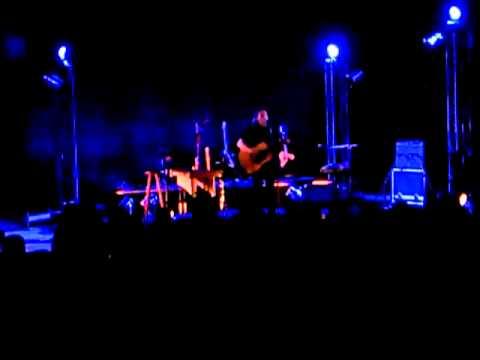 music Tha mai konta sou otan me thes - Alkinoos Ioannidis live (10/6/11 Cyprus)