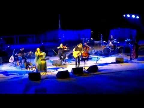 music Φαραντούρη-Ιωαννίδης (Καίγομαι Καίγομαι-ρεμπέτικο)
