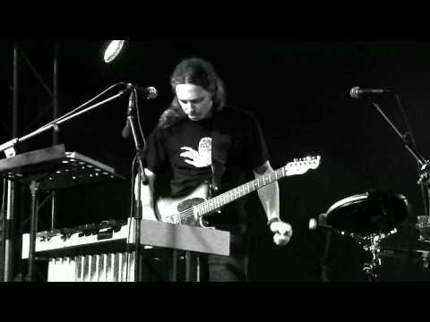 music Αλκίνοος Ιωαννίδης - Τρεις καλογέροι Κρητικοί