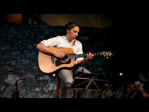 music Αλκίνοος Ιωαννίδης - Κόκκιν αχείλι (Acoustic Live)