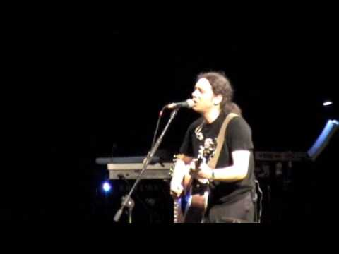 music Αλκίνοος Ιωαννίδης LIVE 2009  Κόκκινα χείλη 1/17
