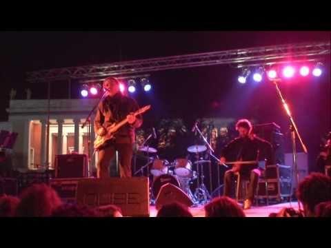 music Αλκίνοος Ιωαννίδης - Πατρίδα (live )