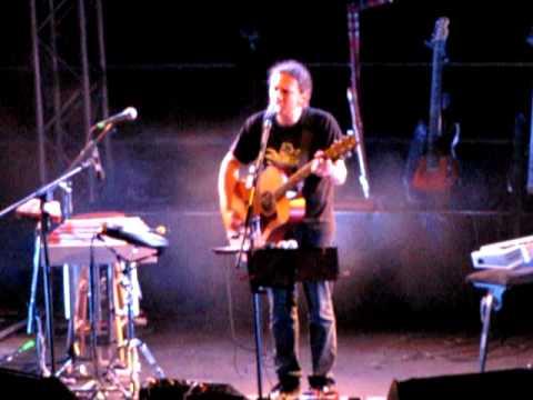 music Alkinoos Ioannidis - Me tosa psemata - Live at Kourio, 11 June 2011