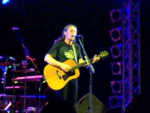 music Alkinoos Ioannidis - Den Mporo [Live@Lykavitos Theater 13/09/2010,Athens,GREECE]